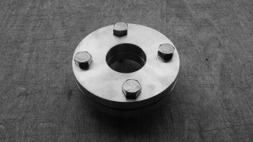 Come si effettua la giunzione tra flange in acciaio inox?
