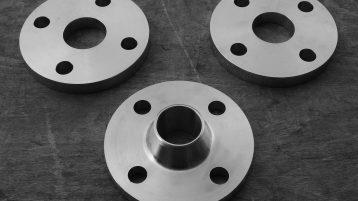 Raccordi e flange in acciaio inox secondo la norma ASTM A182